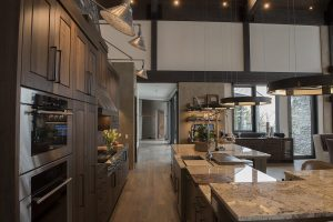 3 Reasons to Choose Handcrafted Kitchen Cabinets